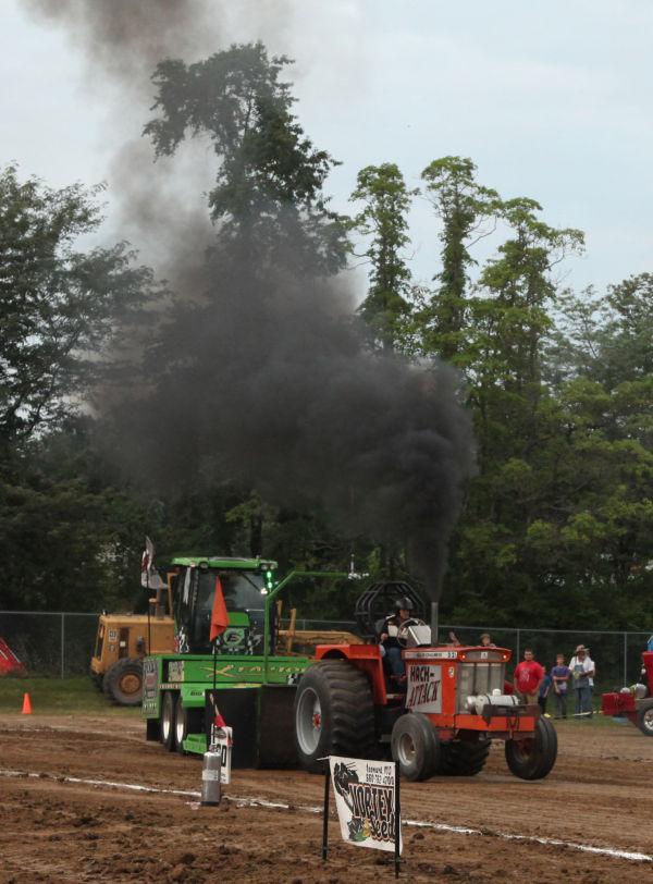 025 Tractor Pull Fair 2013.jpg