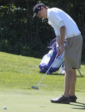 Borgia Wins District Golf