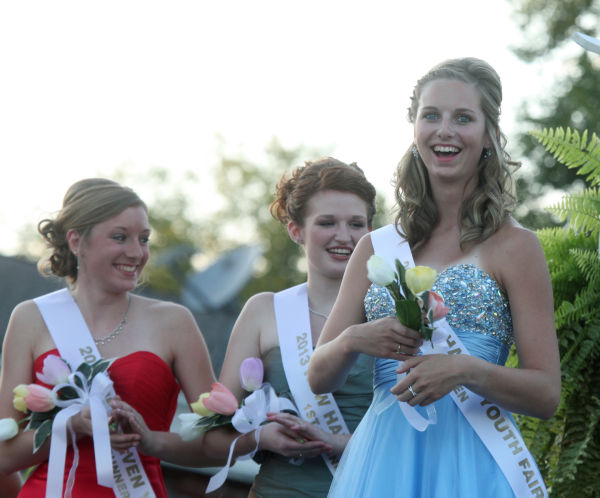 022 New Haven Youth Fair Queen Contest 2013.jpg