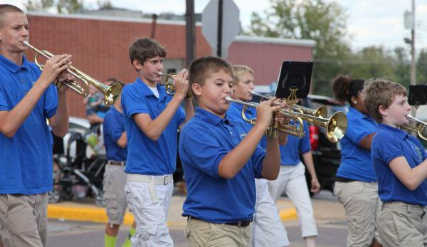 018 SFBRHS Homecoming Parade.jpg