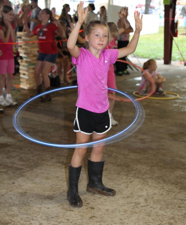 017 Fair Hula Hoop Contest 2014.jpg