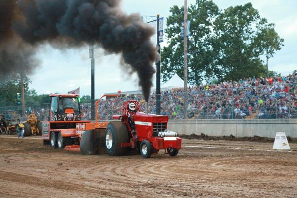 028 Tractor Pull at the Fair 2014.jpg