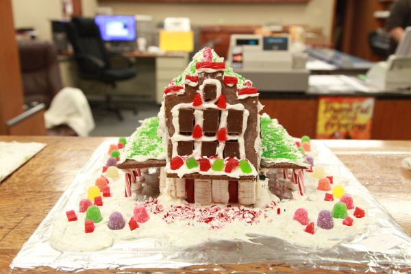027 Gingerbread Houses 2013.jpg