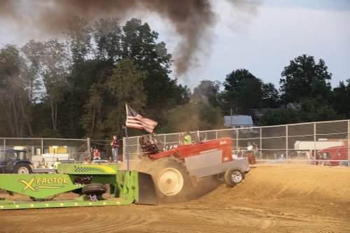 WashMoFairTractorPull2012 07 WEB.jpg
