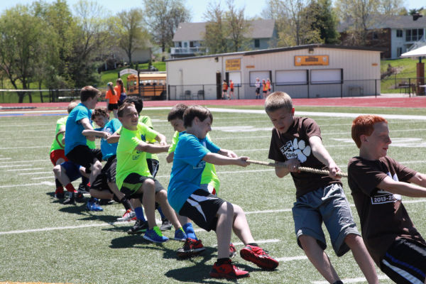 051 7th and 8th Grade Track and Field.jpg
