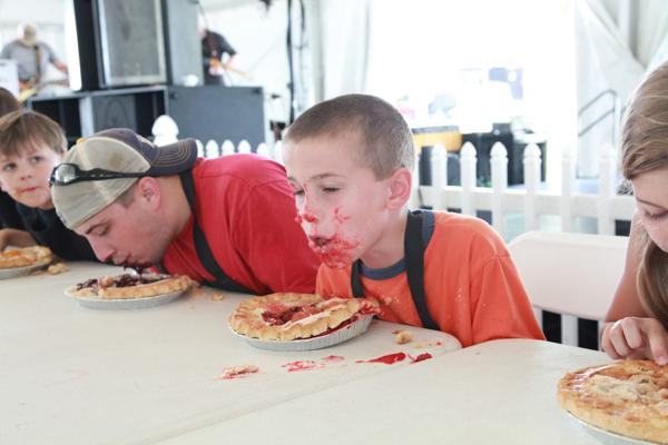 015 Pie eating Contest at fair 2014.jpg