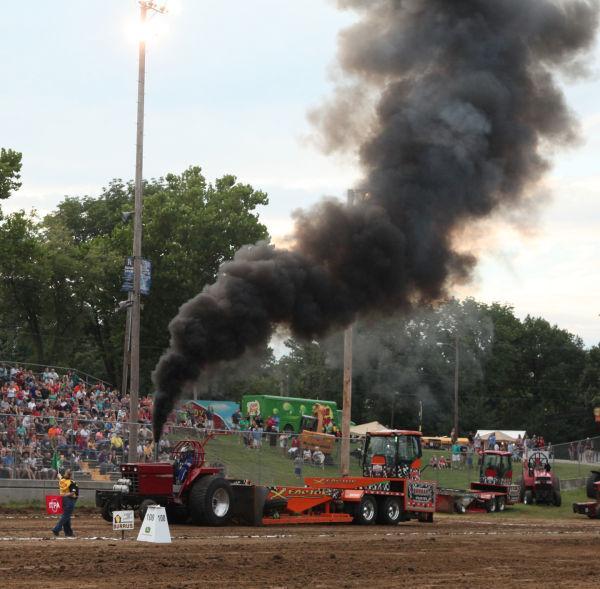020 Tractor Pull Fair 2013.jpg