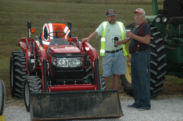 003 Tractors in St Clair.jpg
