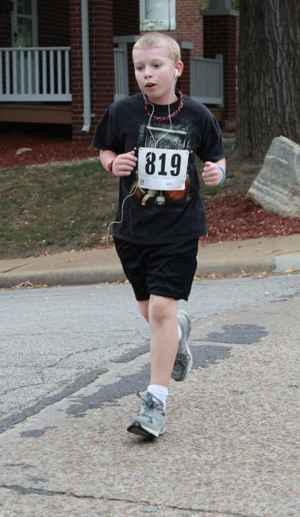 031 Run to Read 2013.jpg