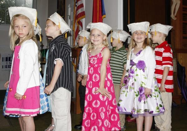003 St. Gert Kindergarten Grad.jpg