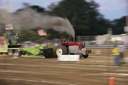 WashMoFairTractorPull2012 04 WEB.jpg