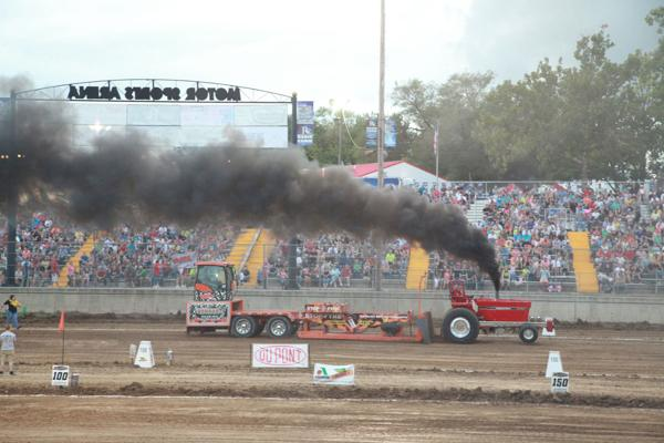 017 Tractor Pull at the Fair 2014.jpg