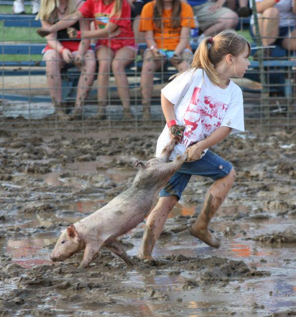005 Franklin County Fair Pig Scramble.jpg