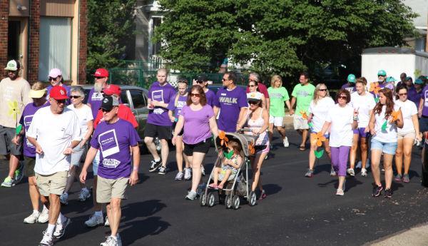 035 Alzheimer Walk 2013.jpg