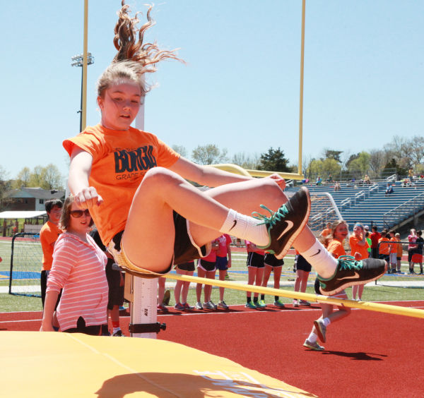 010 7th and 8th Grade Track and Field.jpg