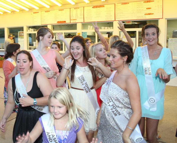 003 Fair Queens at Paradise.jpg