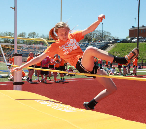 022 7th and 8th Grade Track and Field.jpg