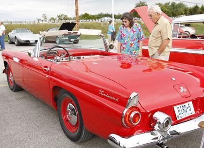 011 Modern Auto 2nd Annual Cruise Night.jpg