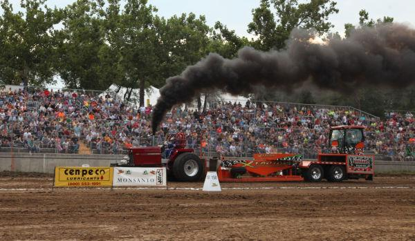 021 Tractor Pull Fair 2013.jpg
