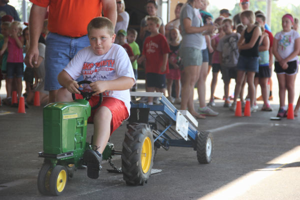 019 Pedal Tractor Pull 2013.jpg