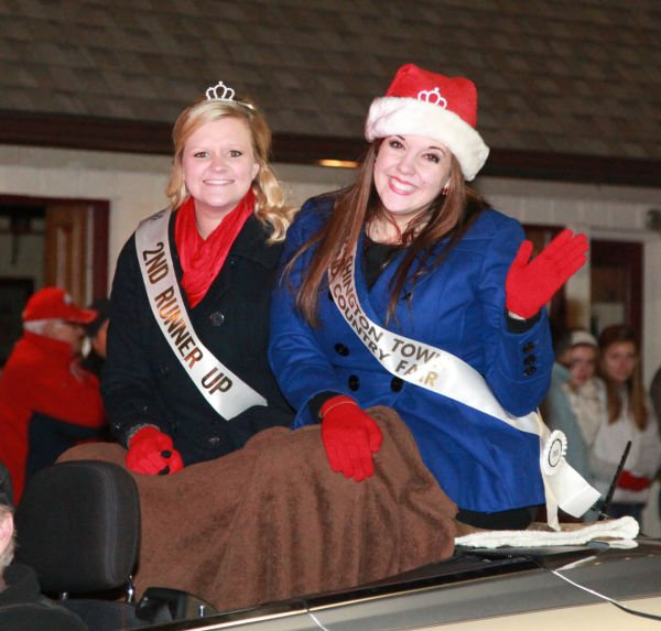 040 Holiday Parade of Lights 2013.jpg