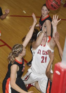 Lady Bulldogs Split Home Games Against Owensville, Waynesville