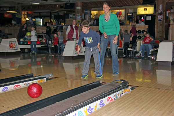 Mom Son Bowl 02.jpg