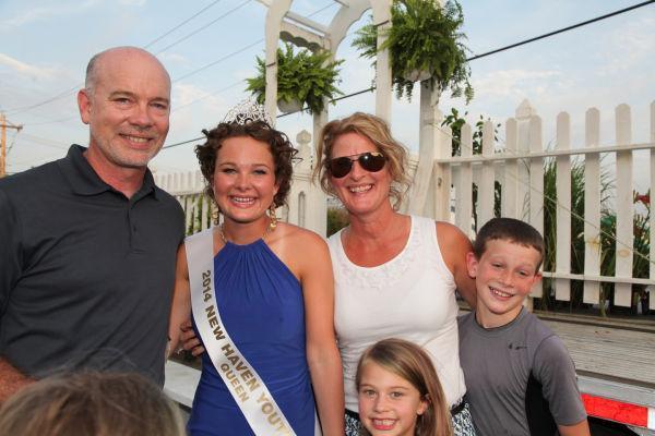 034 New Haven Fair Queen Contest 2014.jpg