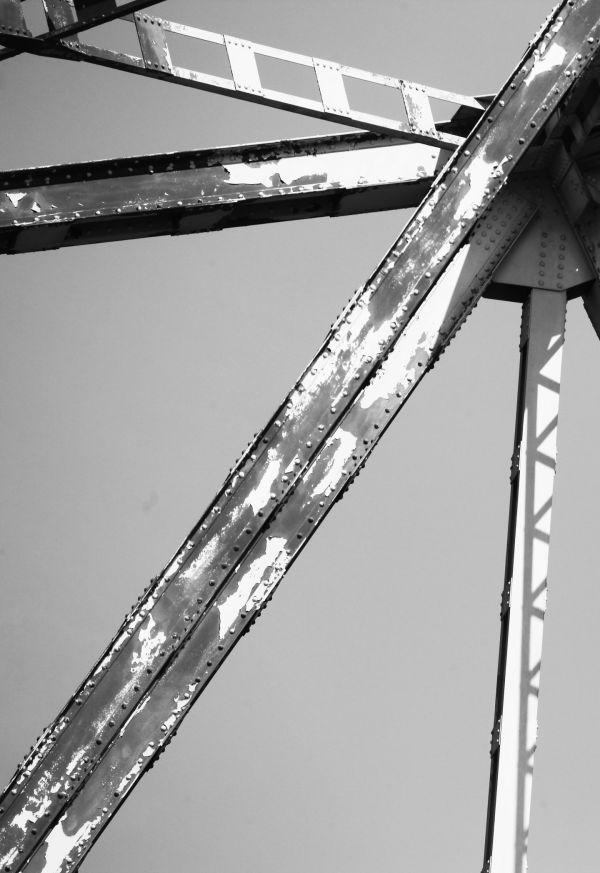 022 Missouri River Bridge in Black and White.jpg