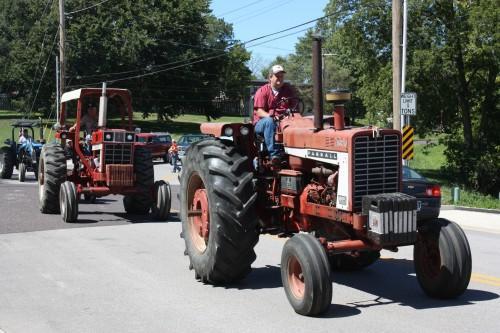 017 Tractors Union.jpg