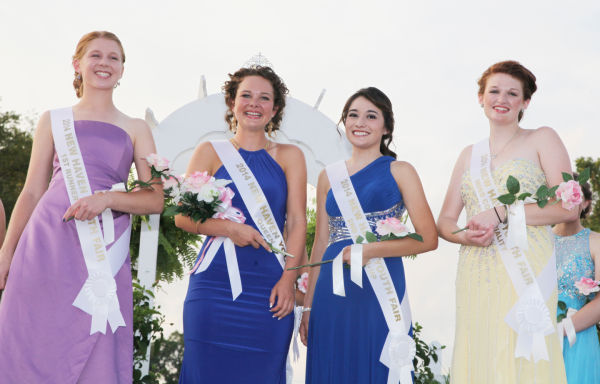 028 New Haven Fair Queen Contest 2014.jpg