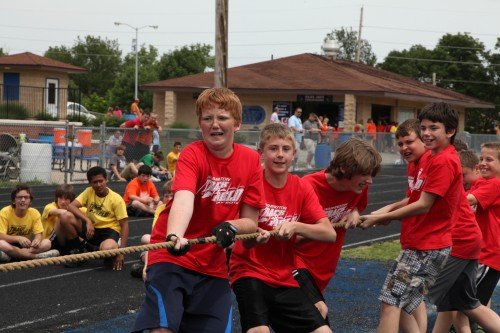 015 WSD tug of war.jpg