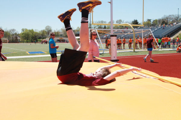 033 7th and 8th Grade Track and Field.jpg