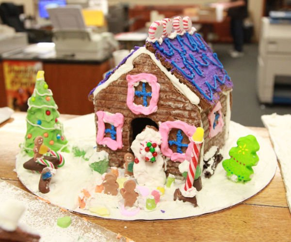 021 Gingerbread Houses 2013.jpg