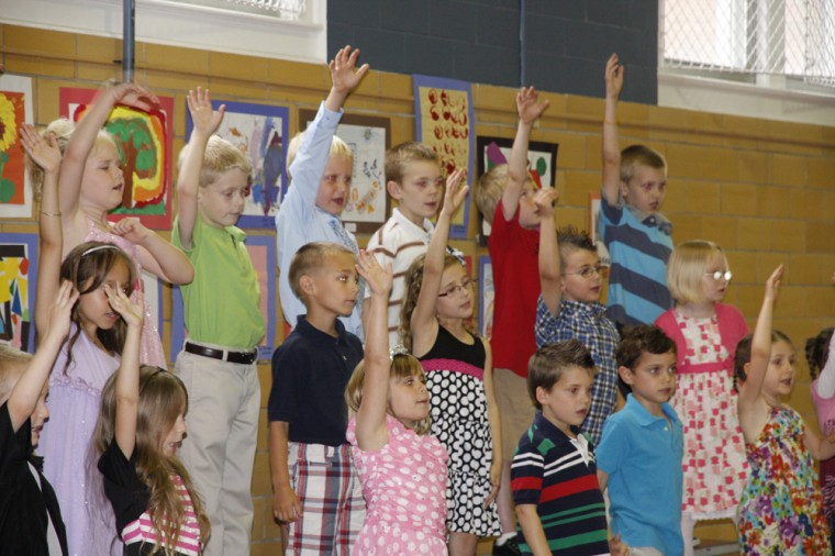 009 Fifth Street School Kindergarten Program.jpg
