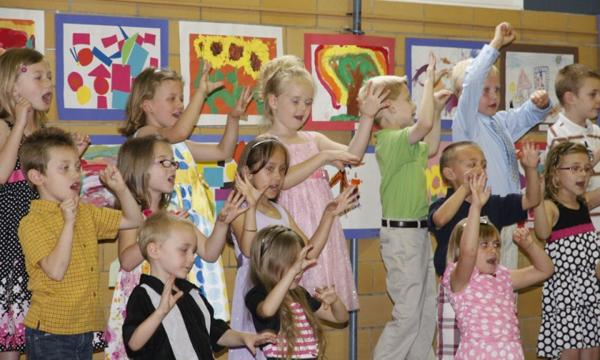 006 Fifth Street School Kindergarten Program.jpg