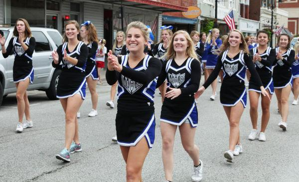 007 WHS Homecoming Parade 2013.jpg