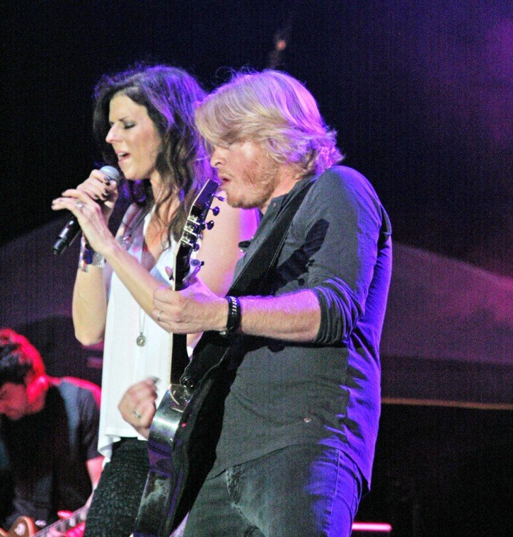 003 Little Big Town Play TnC Fair 2011.jpg