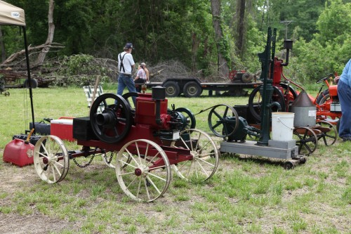 016 Labadie Tractor.jpg