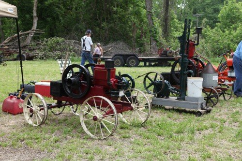 016 Labadie Tractor.jpg