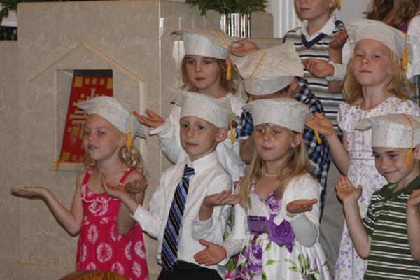 012 St. Gert Kindergarten Grad.jpg