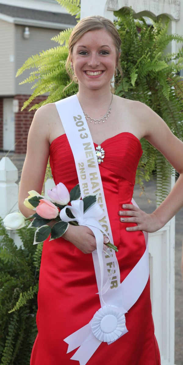 041 New Haven Youth Fair Queen Contest 2013.jpg