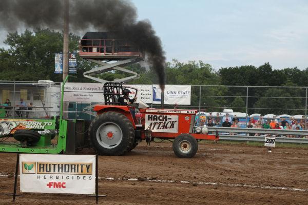 026 Tractor Pull Fair 2013.jpg