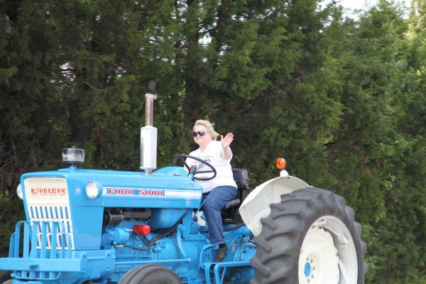 016 Tractor Cruise 2013 Washington.jpg