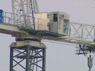 Standoff at crane