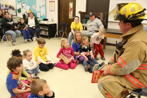 008 Family Reading Night 2012.jpg