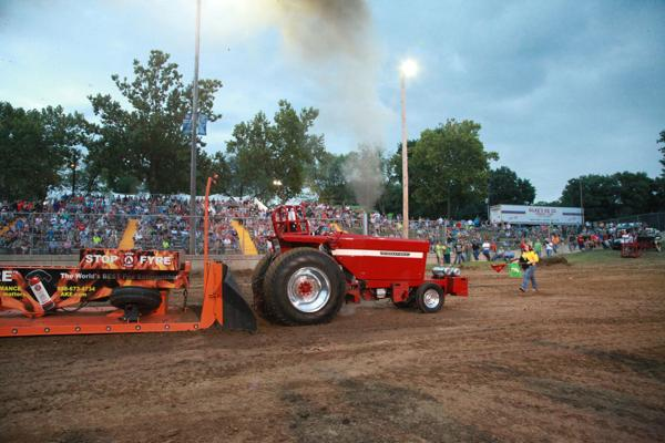 029 Tractor Pull at the Fair 2014.jpg