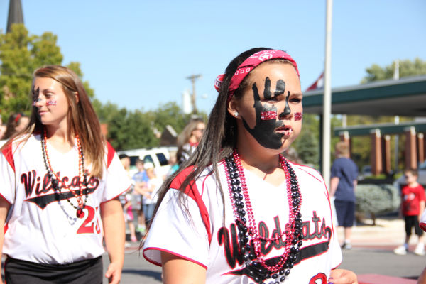 012 UHS Homecoming parade 2013.jpg