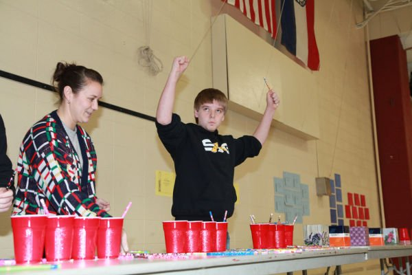 014 Minute to Win It St John Gildehaus 2014.jpg