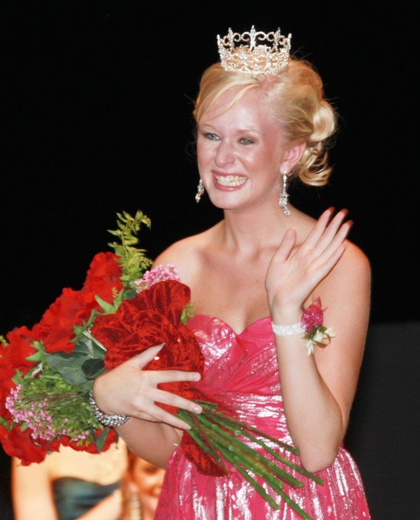 022 Fair Queen Contest.jpg